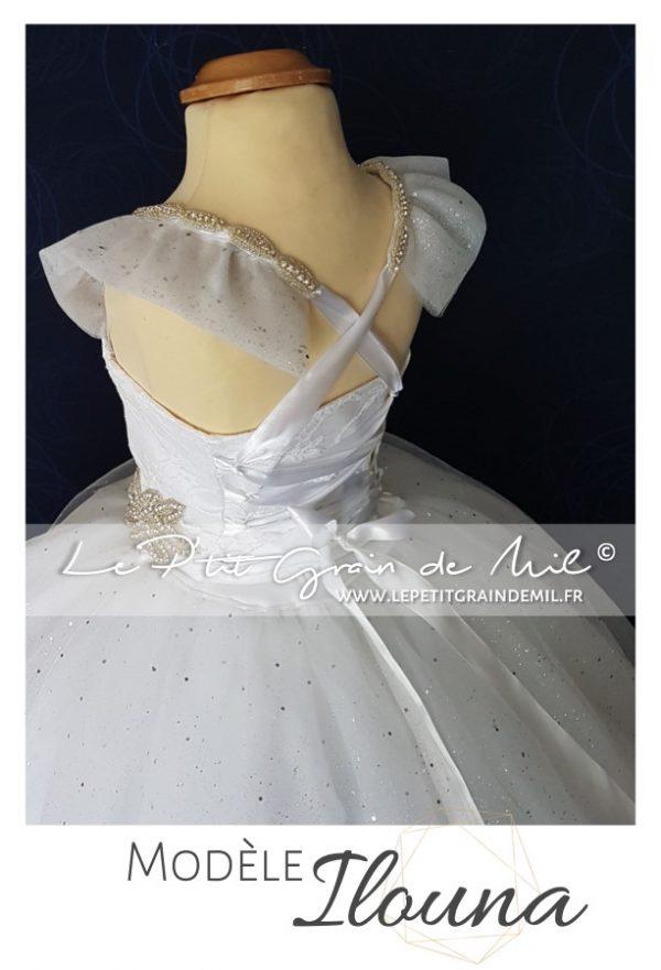 robe tutu de baptême princesse mariée bébé fille tulle dentelle strass papillons blanche ultra volume