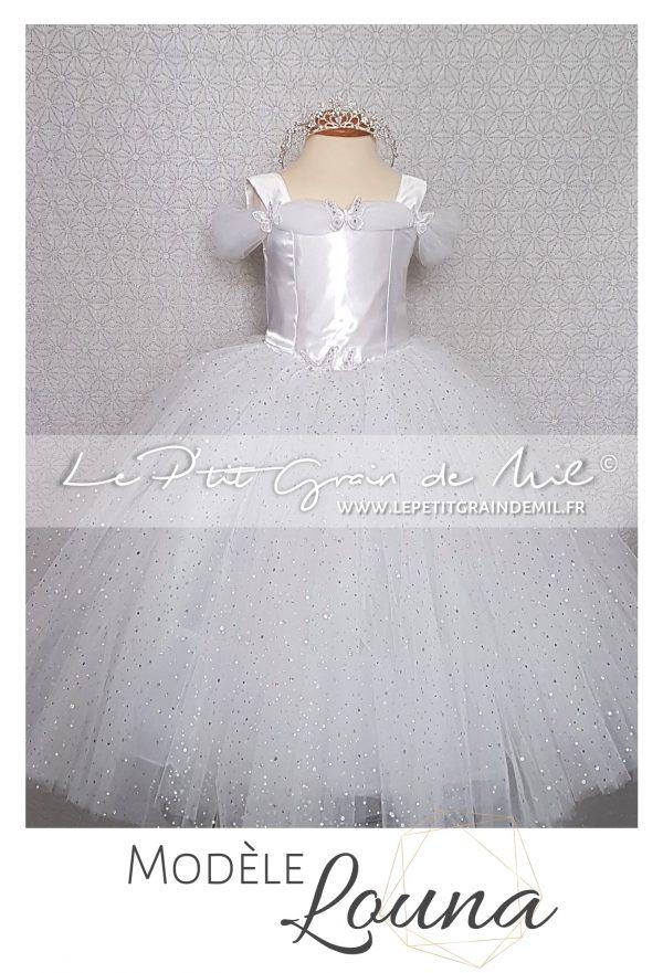 robe tutu princesse en tulle blanche baptême mariage cérémonie bébé fille papillons cendrillon