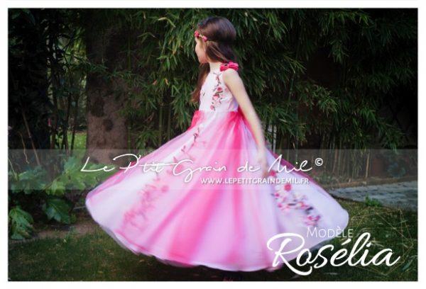 robe de cortege enfant tulle fleur rose et rose fuchsia