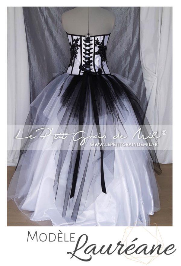 robe de mariée bustier créateur noir et blanche dentelle plumes