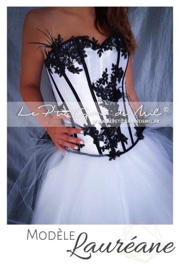 robe de mariée bustier noire et blanche dentelle plumes créateur france