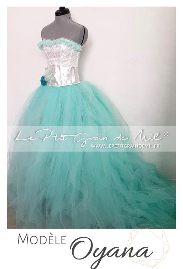 robe de mariée en couleur originale verte avec traine