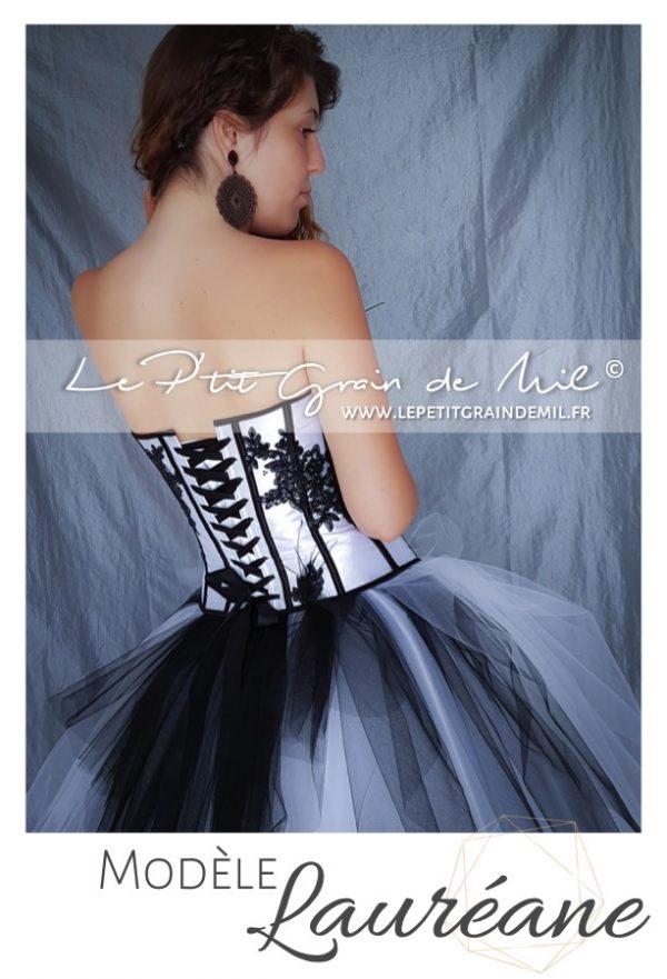 robe de mariée noire et blanche originale glam rock