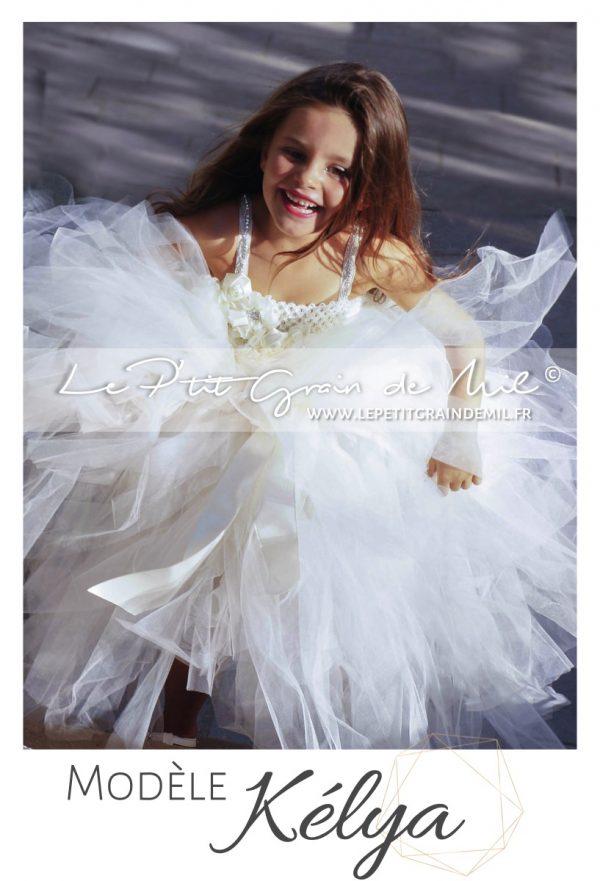 robe de mariée pour bébé fille enfant tutu volume ivoire cérémonie