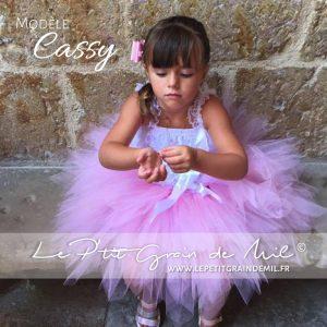 jupe tutu rose ultra bouffante pour fille enfant baptême mariage cérémonie demoiselle d'honneur