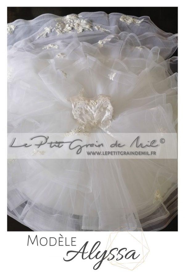 robe de princesse fillette mariage avec traine mini mariée baptême strass perles