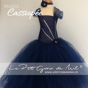 robe tutu de princesse pour petite fille bleu marine bleu nuit strass paillettes brillante noël fête soirée