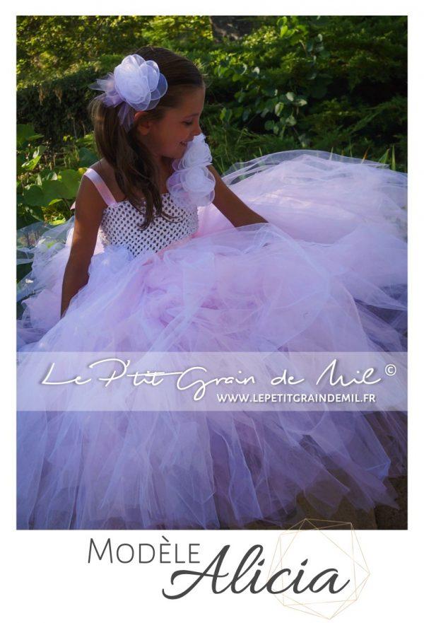 robe tutu princesse petite fille cérémonie mariage en tulle blanc et rose poudré thème romantique romance