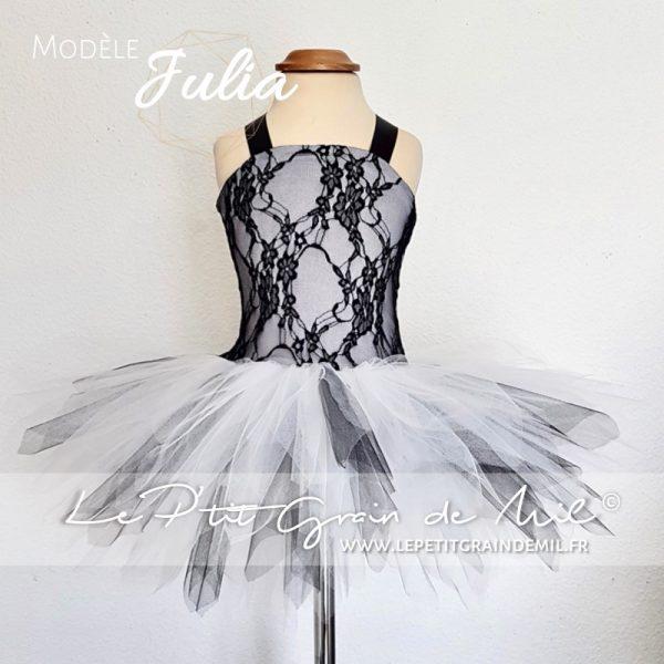 robe tutu de cérémonie enfant blanche et noire dentelle tulle enfant petite fille