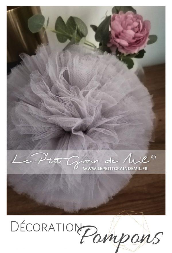 pompons tulle décoration chambre mariage gris perle sequins paillettes