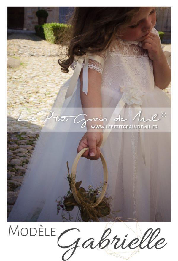 robe mariage petite fille cérémonie cortege bohème champêtre vintage années 50 dentelle tulle ivoire beige