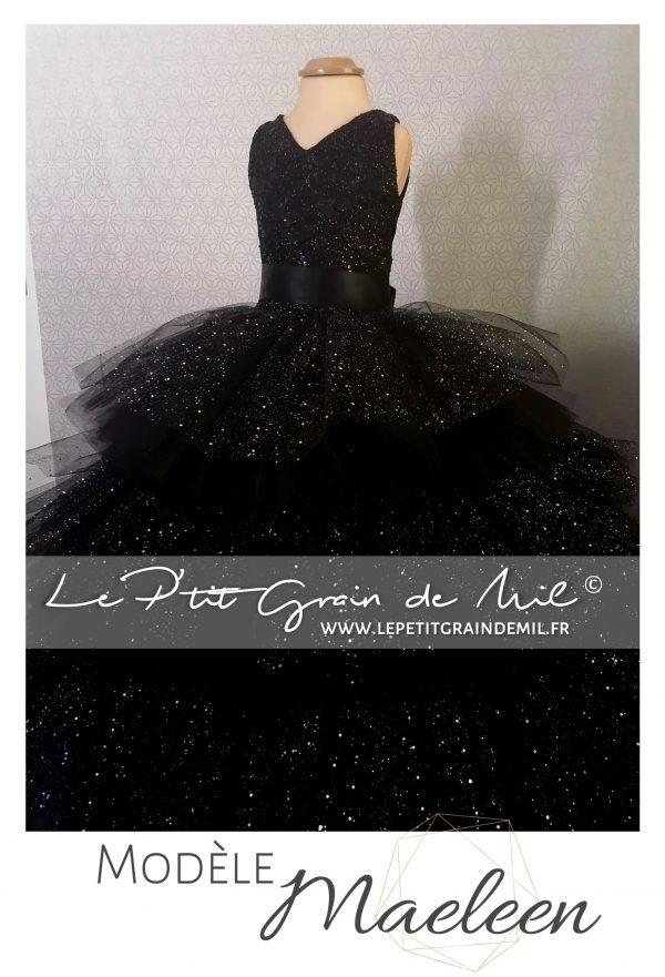 robe de princesse enfant féérique noire paillettes sequins noël réveillon cadeau ultra volume volants dentelle