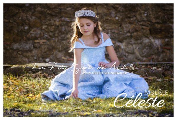 robe de cérémonie mariage enfant petite fille prestige luxe en brocart