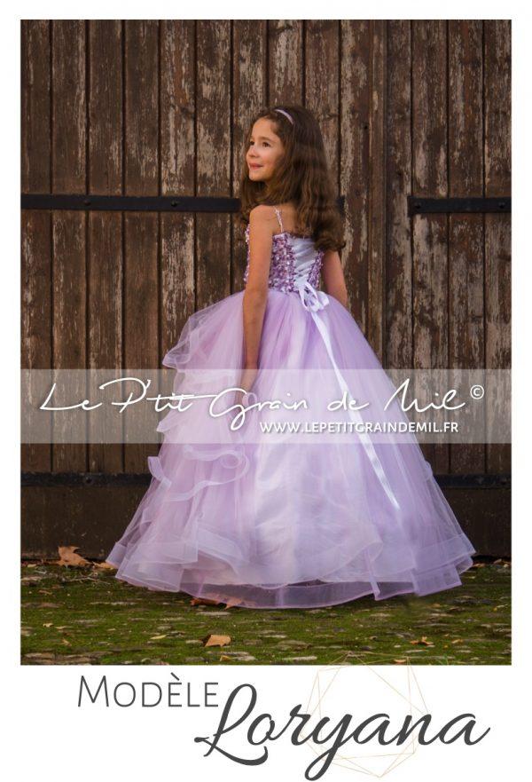 robe de princesse enfant mariage cérémonie bustier coeur lacet dos
