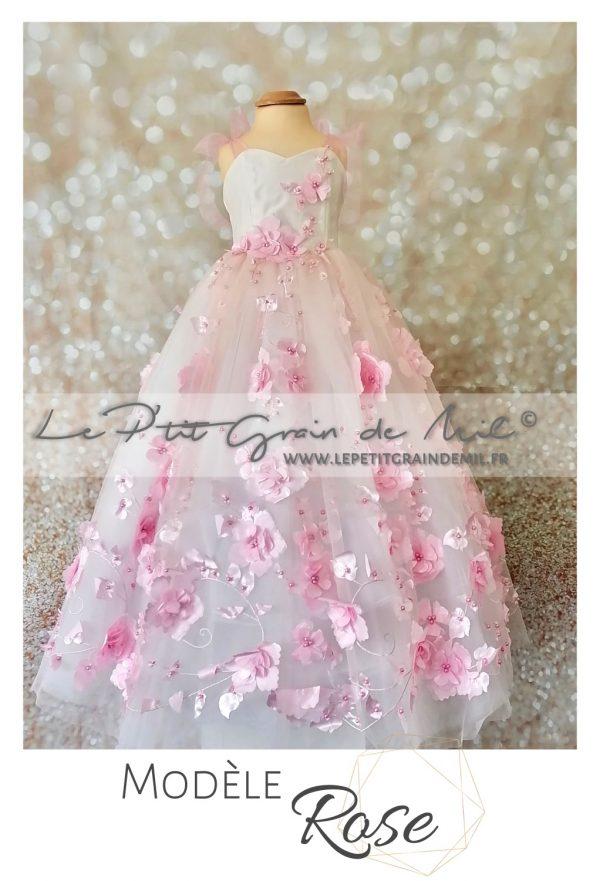 Robe de cérémonie mariage demoiselle d'honneur enfant rose poudré fleurs brodées jupon en tulle bustier coeur