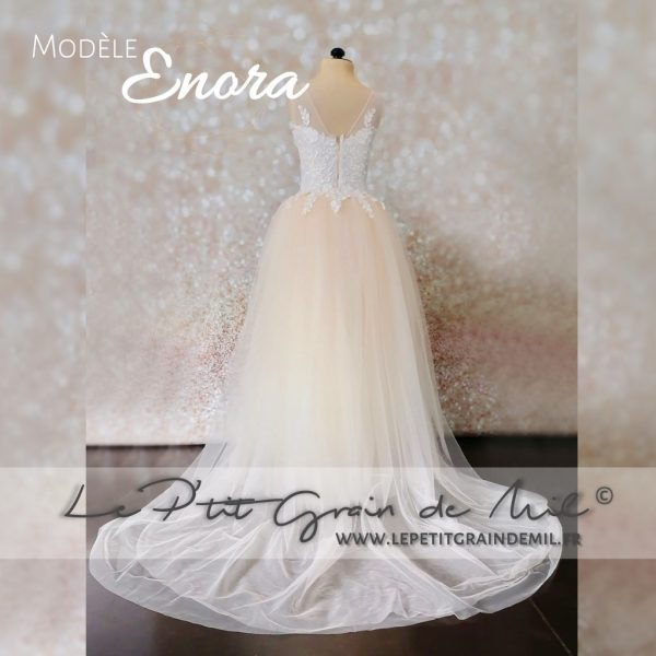 robe princesse mariage fille avec traine amovible rose poudré pêche pastel bustier dentelle
